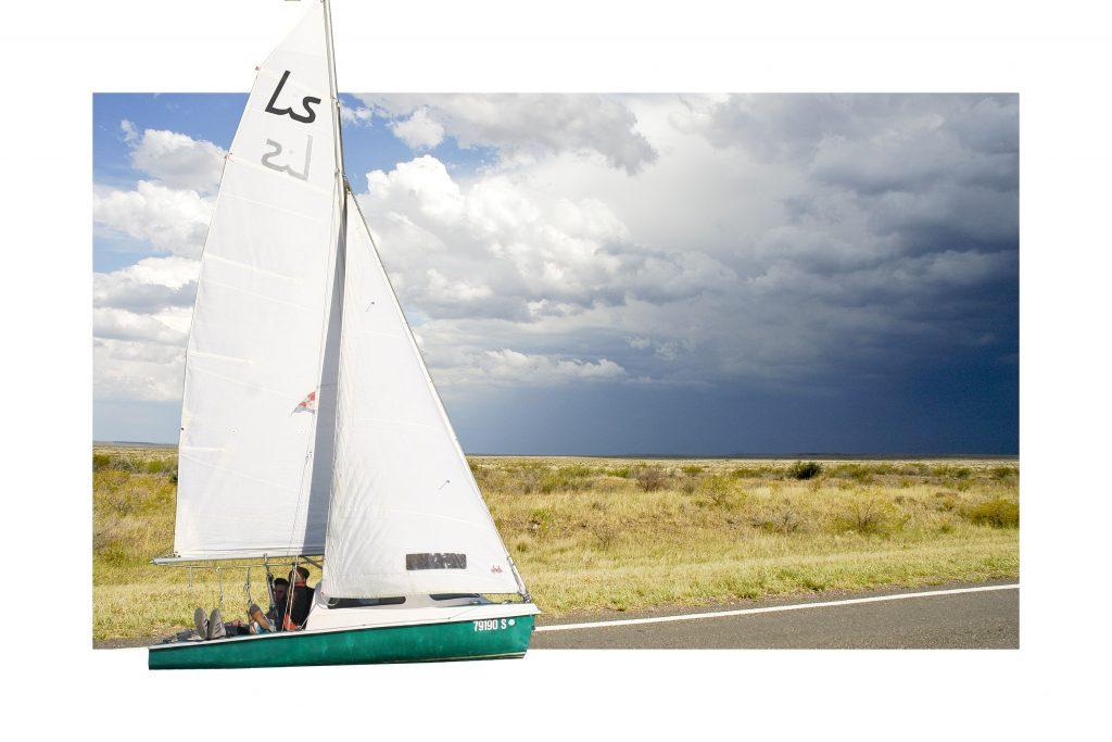 """Daniel Beerstecher, """"Land-Sailor IV"""", 2012, foto colagem, papel fine arte colado em foto paper, edição: 2/3 + 1 AP, 40 x 60 cm, aquisição/comissionamento"""